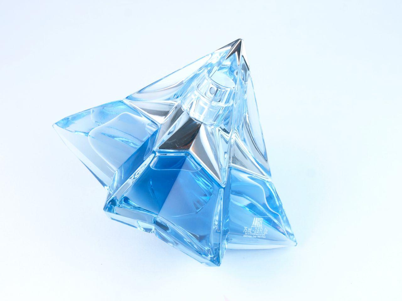 thierry mugler angel the new star eau de parfum review. Black Bedroom Furniture Sets. Home Design Ideas