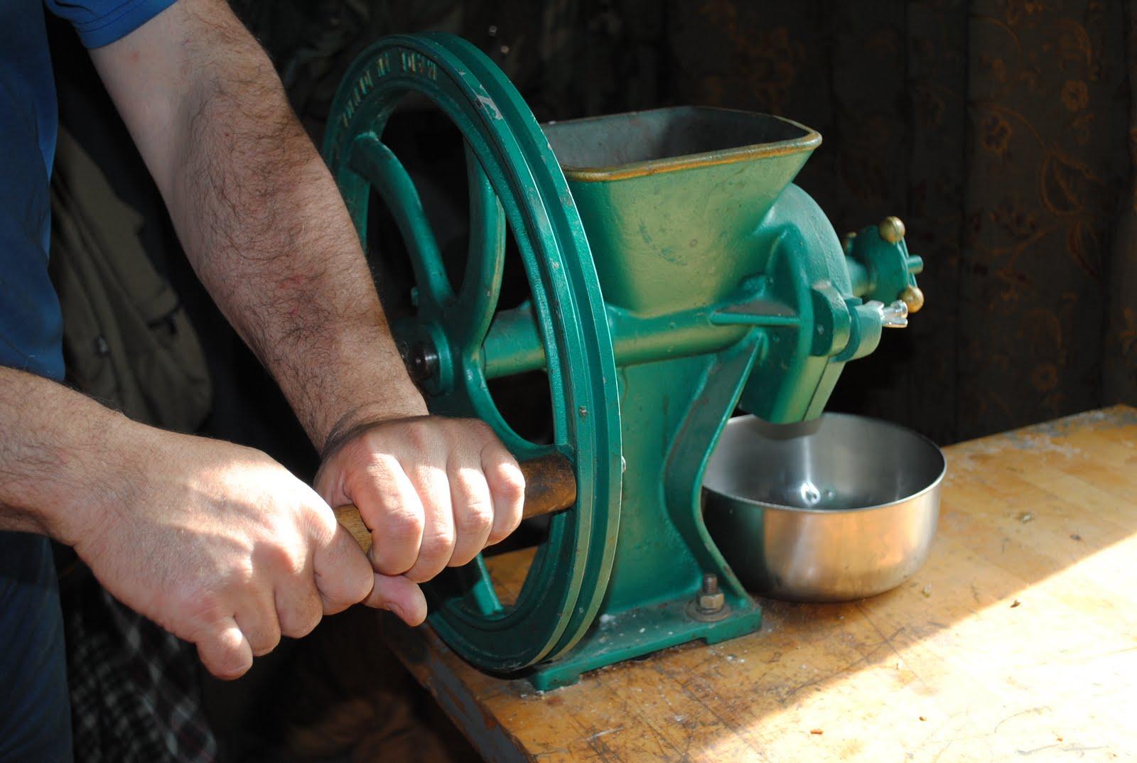 equipment review diamant grain grinder - Grain Grinder