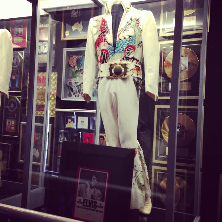 Elvis Presley Outfit