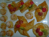 PUFF PASTRY BUAH-BUAHAN