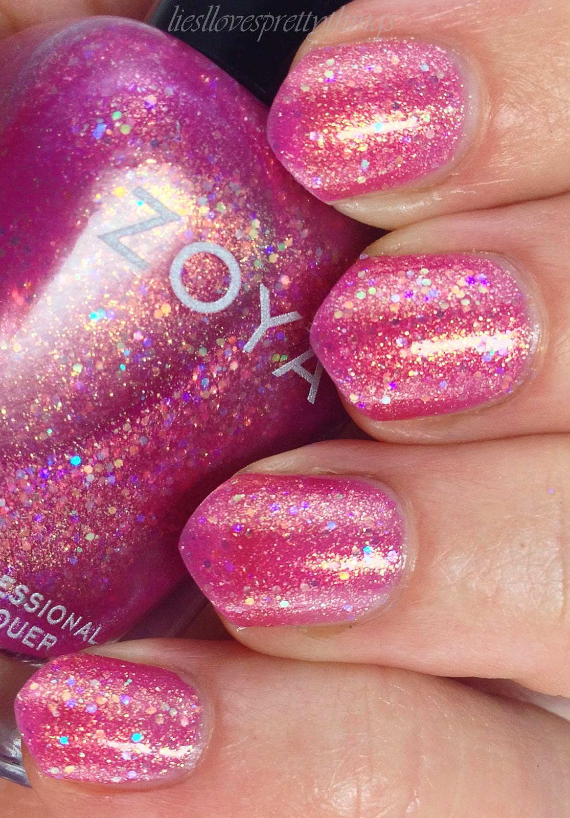 Zoya Binx swatch and review