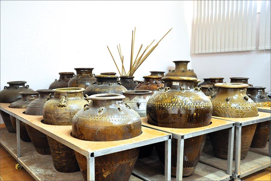 Cổ vật Gia Lai: Đặc sắc gốm Quảng Đức