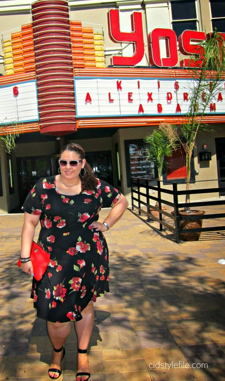 outfit of the day, what i wore, wear what makes you happy, plus size dresses, curvy girl style, red clutch,