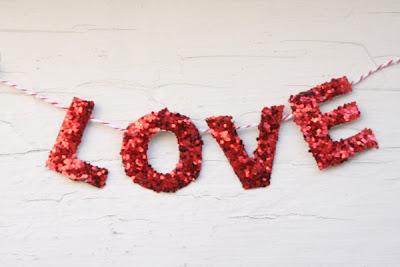 DIY Guirnalda I love you San Valentin