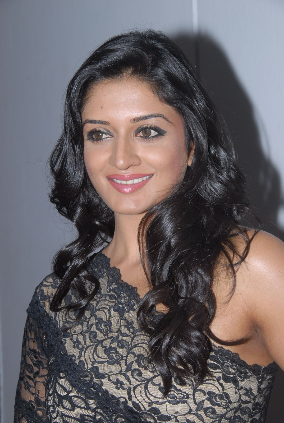 Vimala Raman At Kulumanali Audio Launch Hot Images