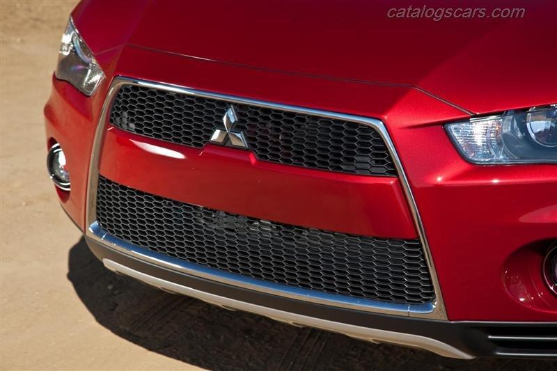 صور سيارة ميتسوبيشى اوتلاندر 2013 - اجمل خلفيات صور عربية ميتسوبيشى اوتلاندر 2013 - Mitsubishi Outlander Photos Mitsubishi-Outlander-2012-800x600-wallpaper-22.jpg