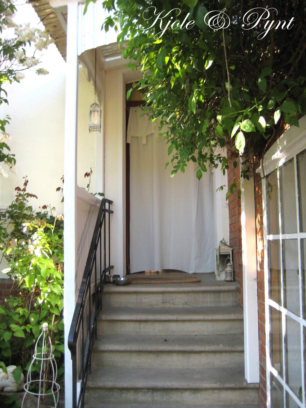 seidenfeins blog vom sch nen landleben treppen f r den gro en auftritt staircases. Black Bedroom Furniture Sets. Home Design Ideas