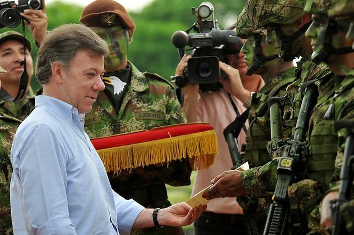 Santos y Ejército