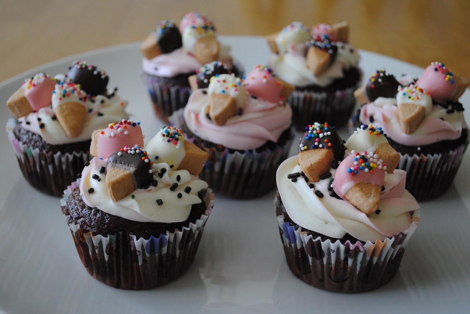 Neapolitan Ice Cream Cone Cupcakes