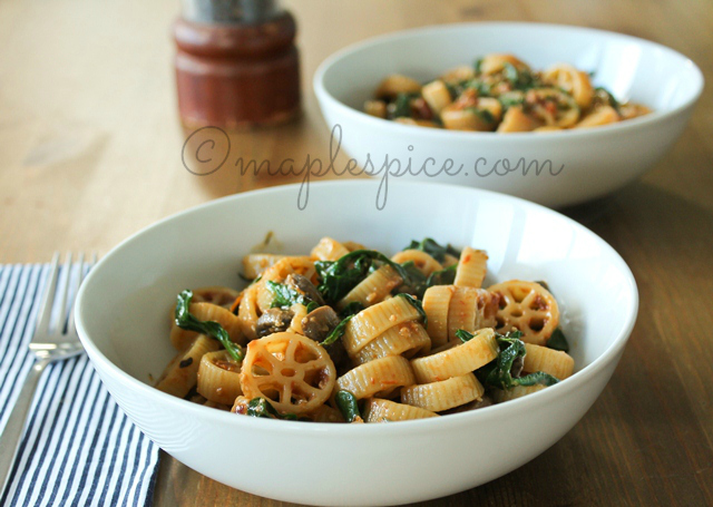 Sun-Dried Tomato Pesto, Mushroom and Spinach Pasta - Vegan.