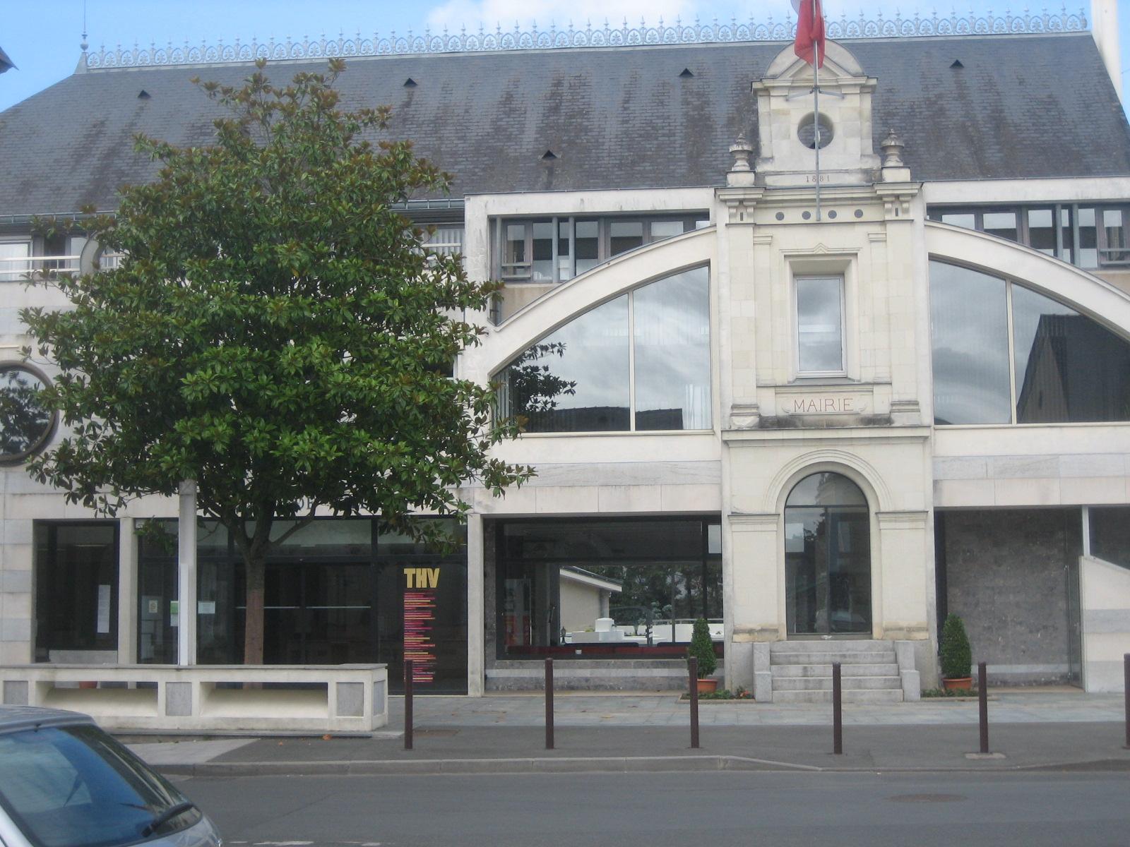 Theatre De L Hotel De Ville St Barthelemy D Anjou