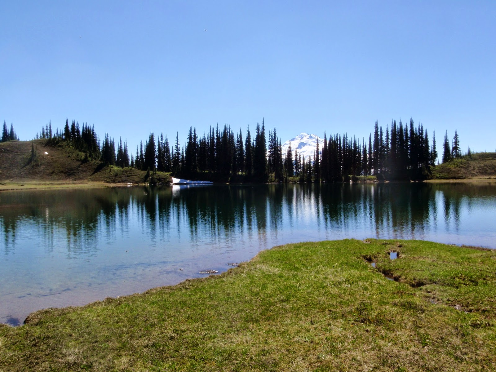 Image Lake with Glacier Peak in the background. @ Glacier Peak Wilderness