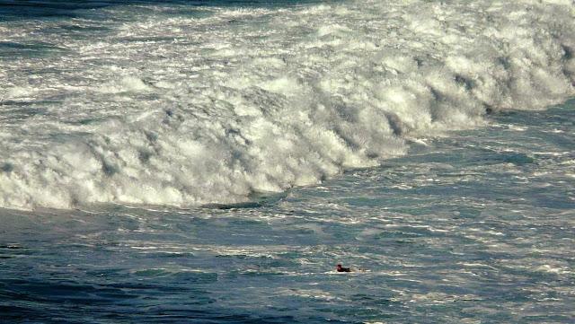 surfing menakoz 05