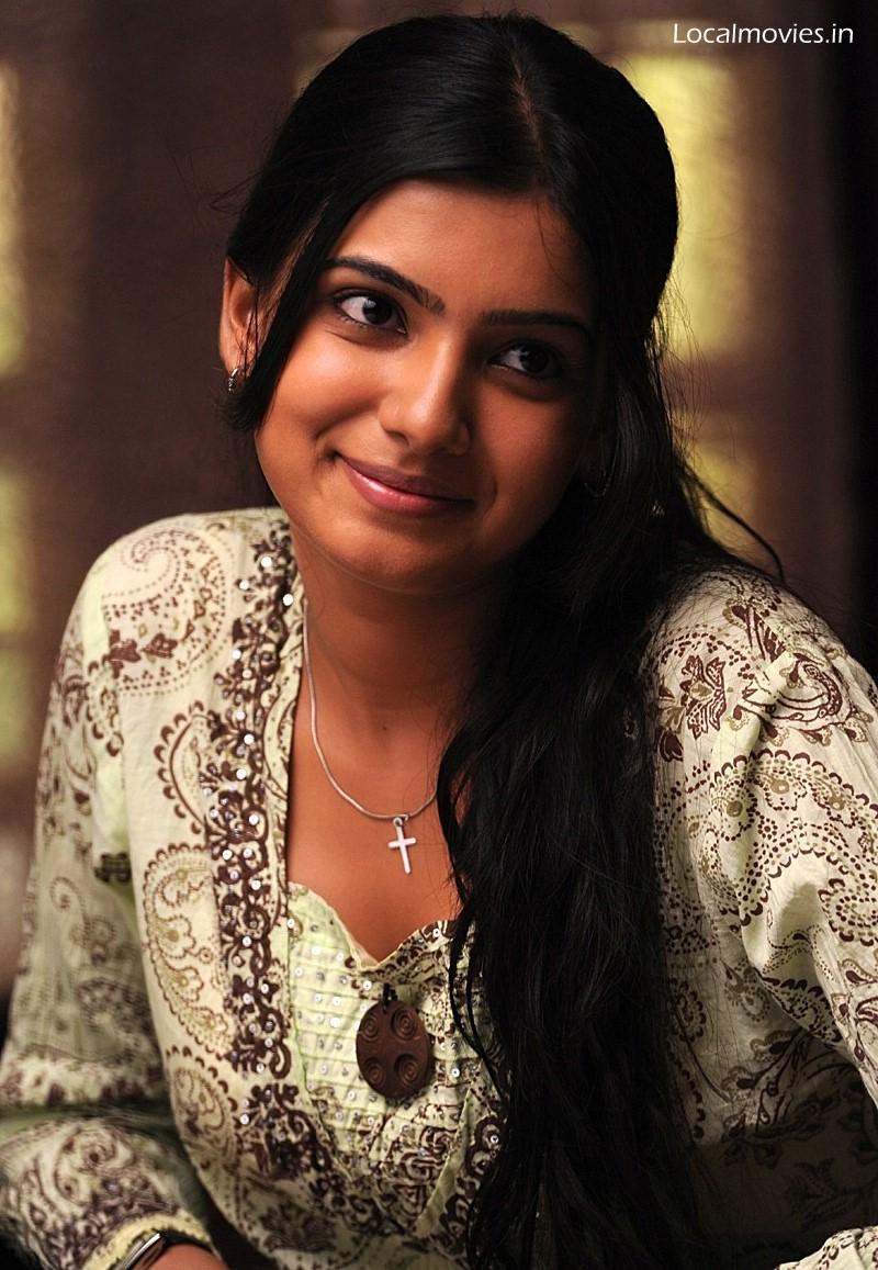 Pics-from-ye-maaya-chesave-NagaChaityana,Samantha ...