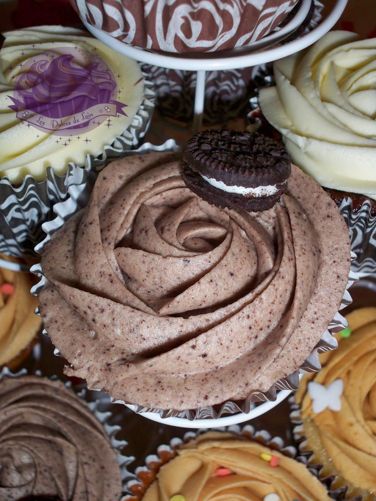 Sugerencia de decoración para las cupcakes de oreo