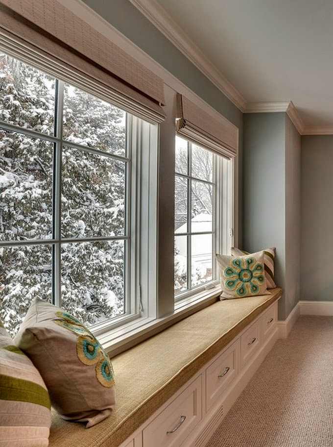 Window window seats and sunrooms on pinterest for Sitting window design
