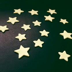 La reines blog leuchtende sterne selbermachen wandtattoo - Leuchtende wandtattoos ...