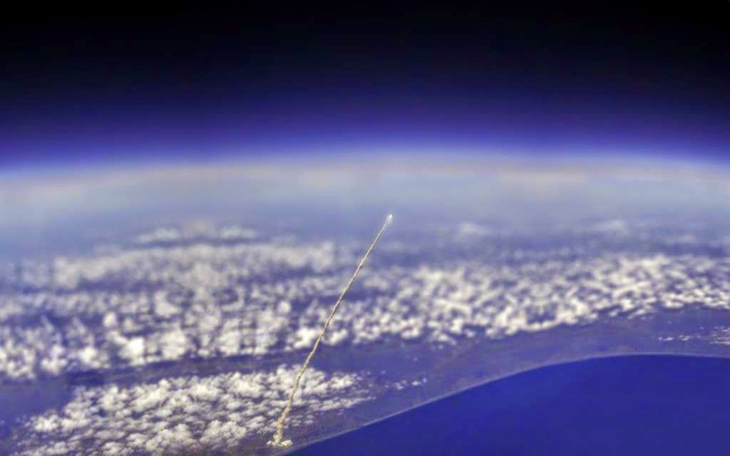 46 Unbelievable Photos That Will Shock You - View of Space Shuttle Atlantis from the International Space Station