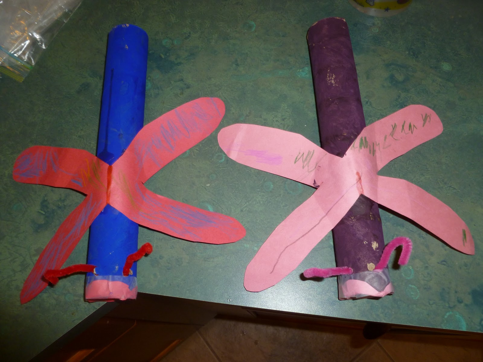 Are you a dragonfly paper towel roll craft mama to 6 for Crafts made out of paper towel rolls