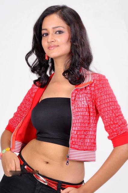Shanvi  hot pics