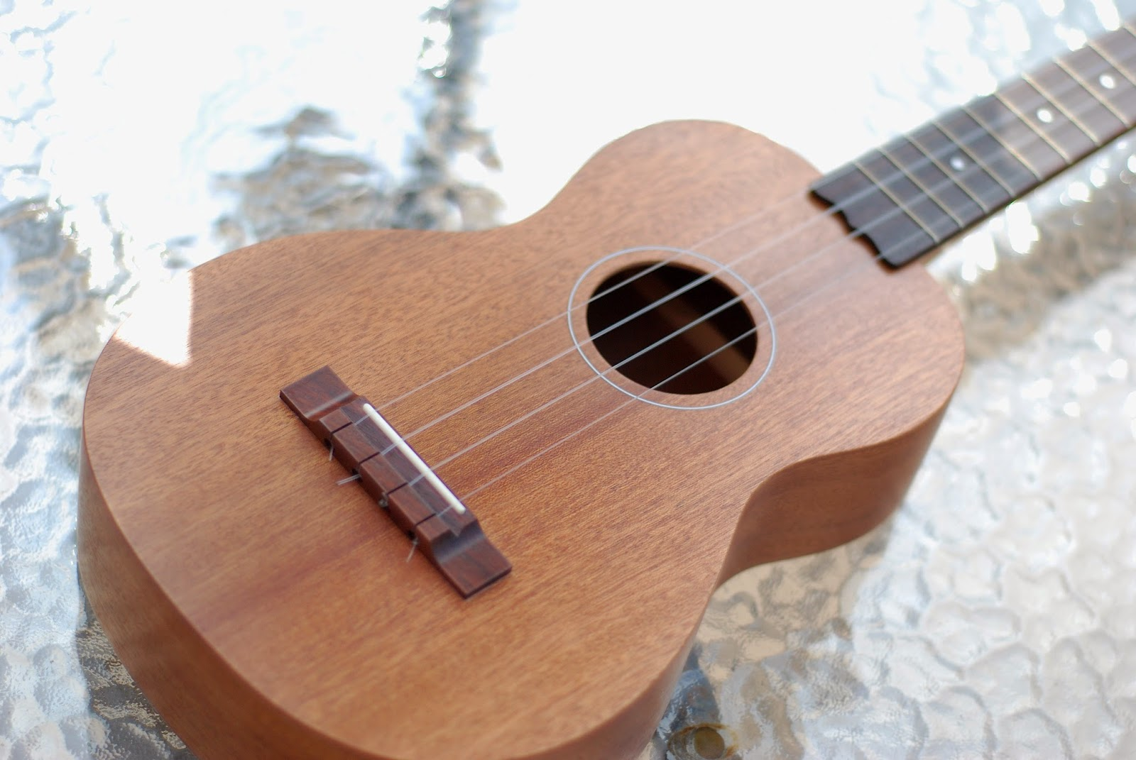 Brüko No9 Tenor Ukulele body