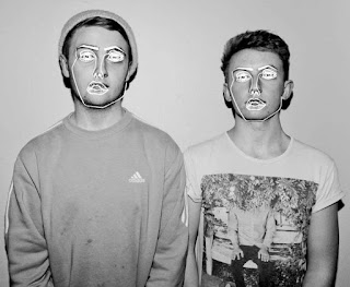 "Disclosure new song ""Holding On"""