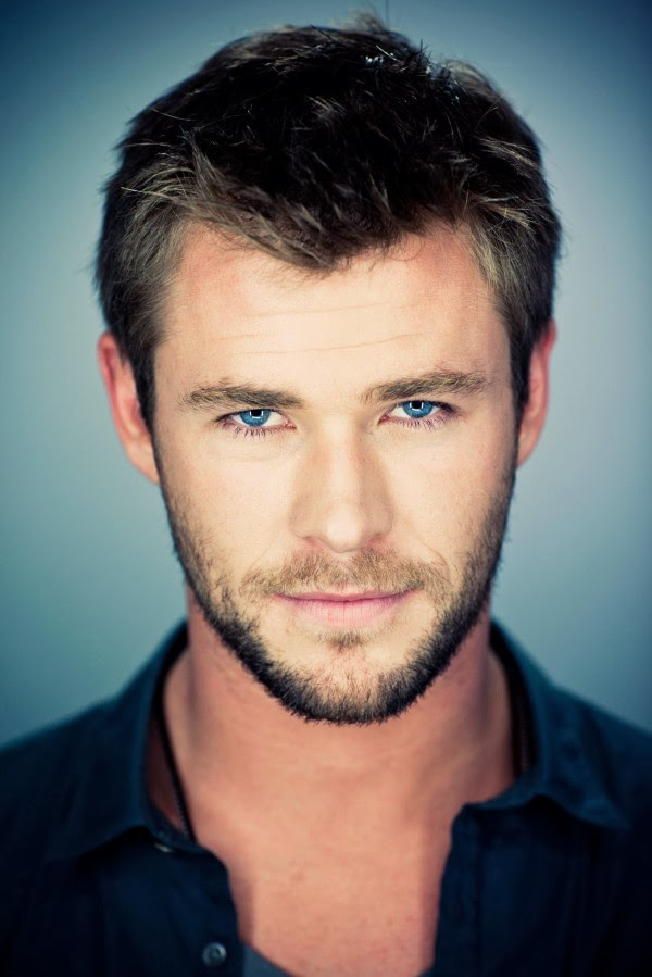 Chris Hemsworth Thor T...