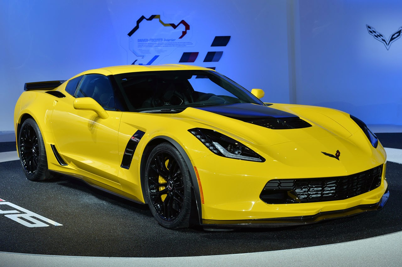 automotiveblogz 2015 chevrolet corvette z06 detroit 2014 photos. Black Bedroom Furniture Sets. Home Design Ideas