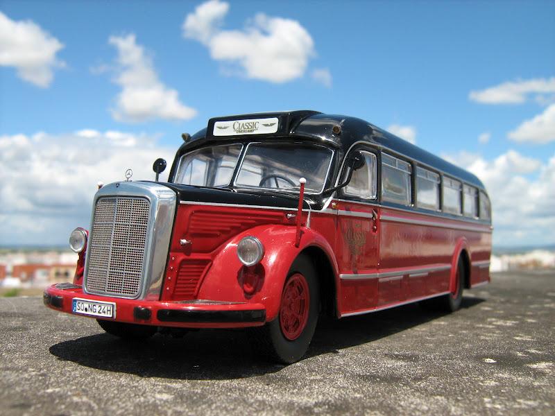 El garaje algabe o mercedes benz omnibus o 3500 h for Mercedes benz complaint department