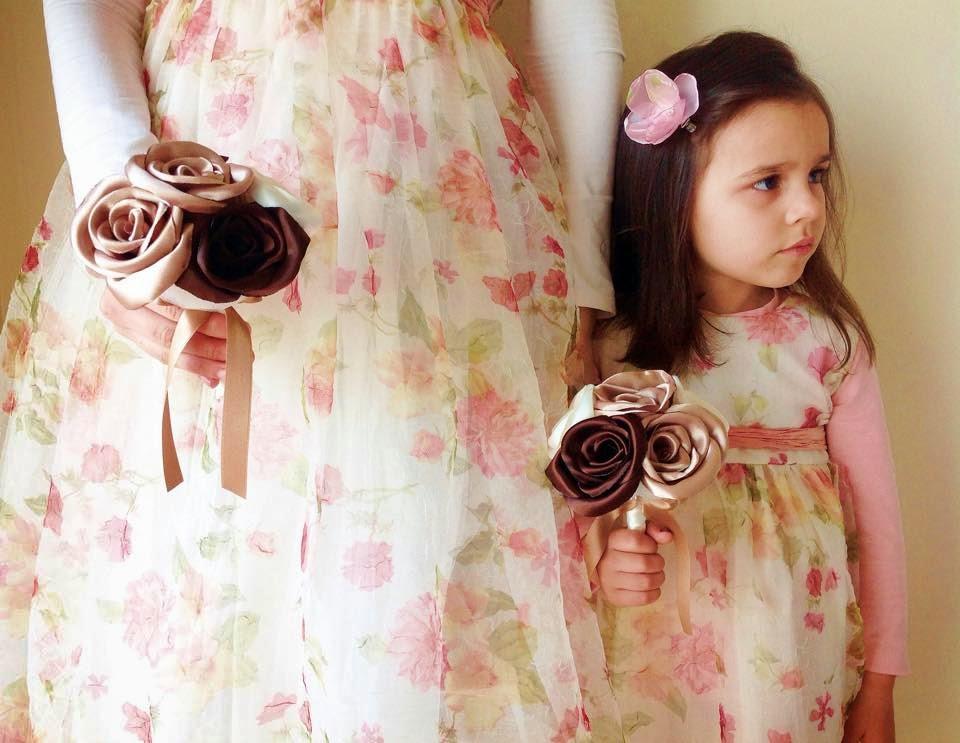bouquets de rosas em cetim