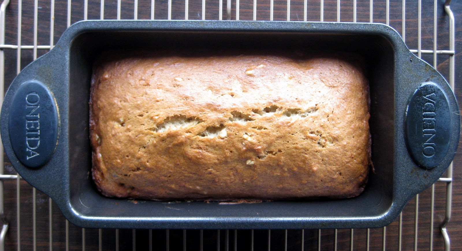 Karis kitchen a vegetarian food blog banana bread everyone needs a favorite banana bread recipe assuming that everyone else sometimes lets bananas get too ripe like we do my favorite recipe comes from forumfinder Choice Image