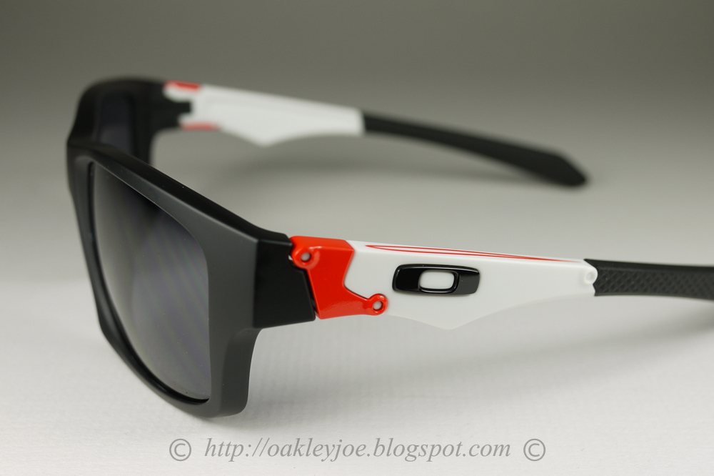 d17f0ba15c How Do You Tell If Oakleys Are Real « Heritage Malta