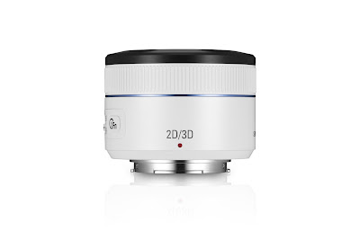 Fotografia dell'ottica Samsung 45mm F1.8 per riprese tridimensionali