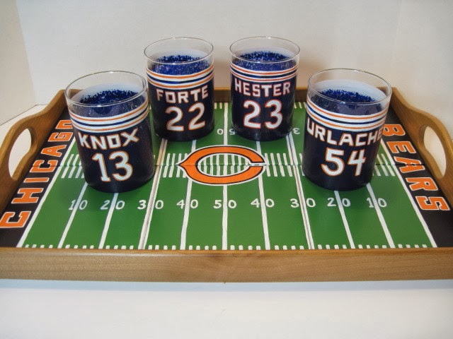 Soldier Field Serving Tray and Team Jersey Glasses