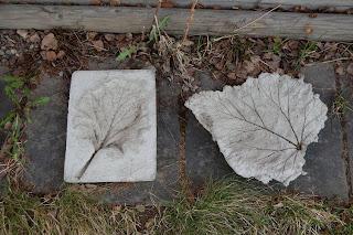 Löv i betong, inset och outset