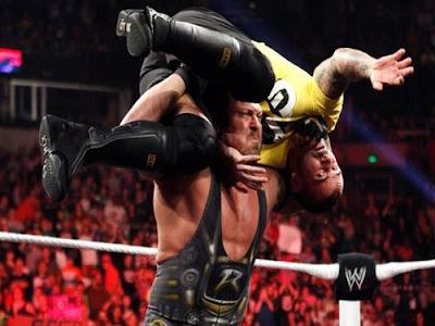 WWE Monday Night Raw 15-10-2012