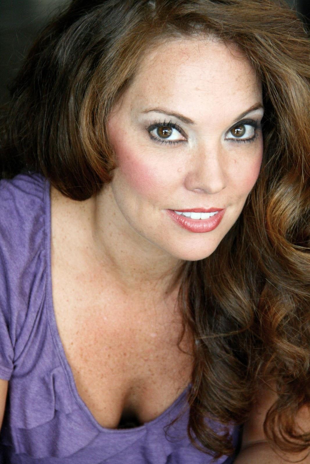 Yvette Nipar