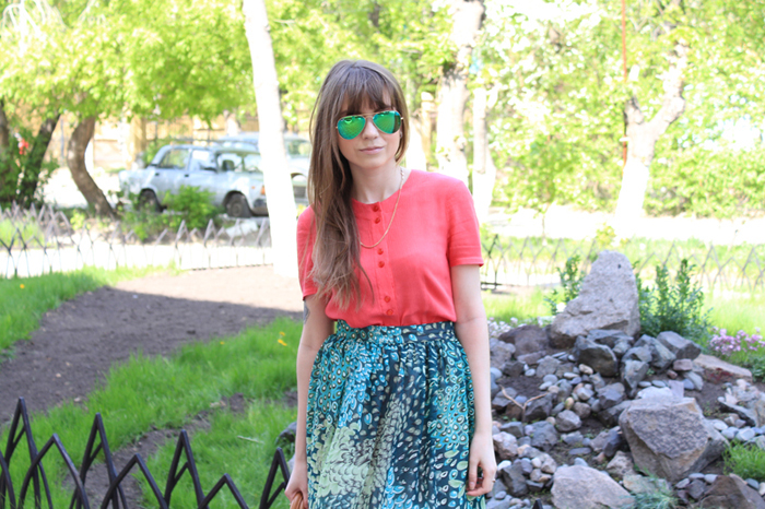 LIVE 2013, Outfit, Sunglasses, Ray-Ban, Blouse, Skirt, Peacock, Bag, Nucelle, Shoes, Lisette