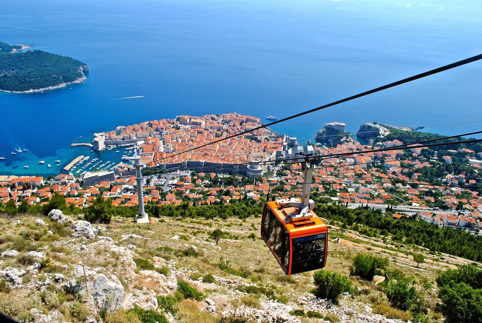 Best things to do in Dubrovnik : Cable car up Mount Srd