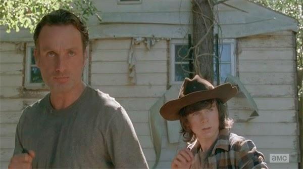 Rick y Carl en The Walking Dead 5x12 - Remember