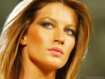Hollywood Actress Gisele Bundchen Spicy Wallpaper-1600x1200