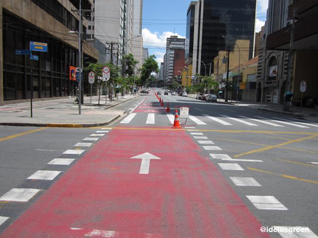 Curitiba tem Circuito Ciclo Faixa de Lazer