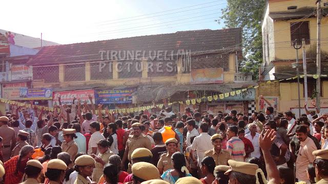 Tirunelveli Car Festival @ East Car Street - www.tirunelvelipictures.com