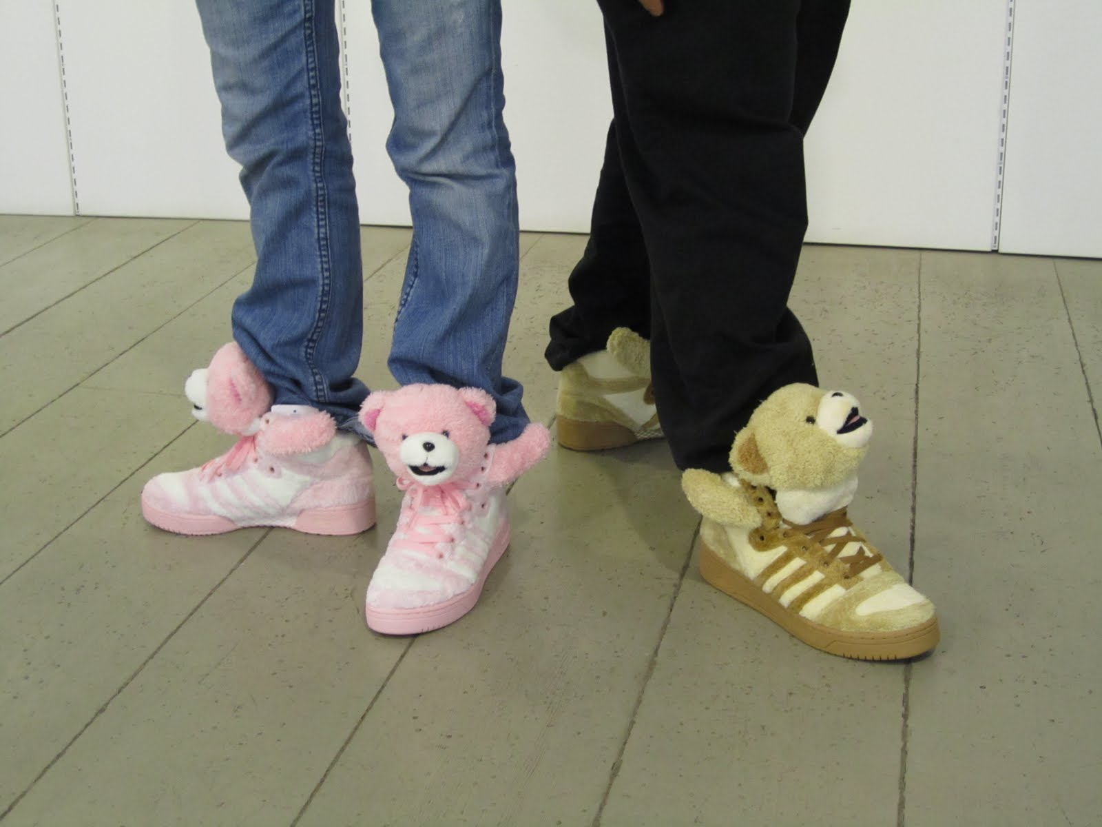 adidas jeremy scott teddy bear pink