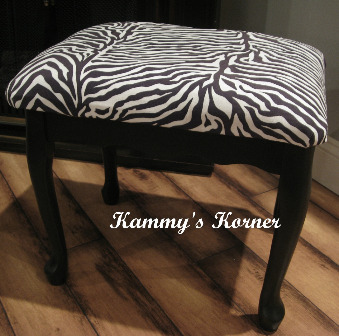 Kammy 39 S Korner Classy Lil 39 Zebra Bench