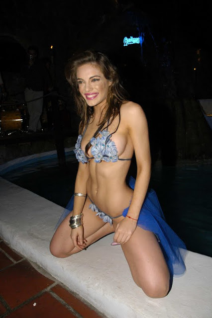 Emilia Attias sexy in bikini fashion
