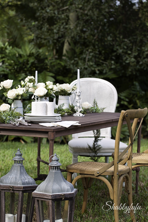 Winter White Outdoor Table Setting - shabbyfufu.com