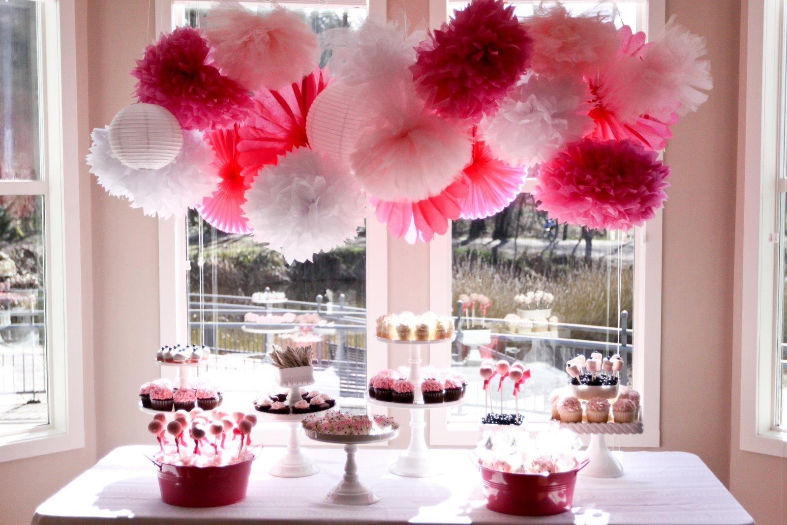 Table Decorations: Brenda's Bridal Shower