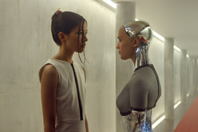 Sonoya Mizuno and Alicia Vikander in Ex Machina