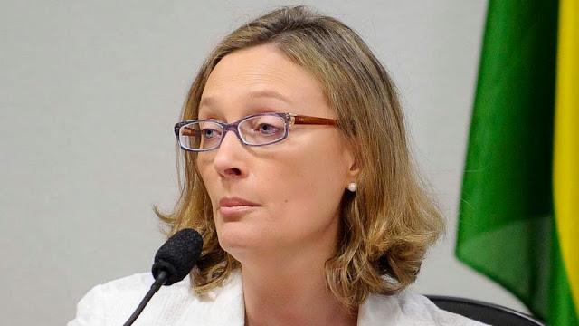 Ministra Maria do Rosário